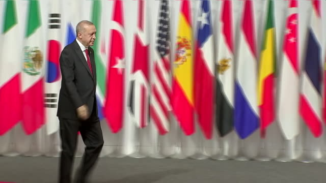 stockvideo's en b-roll-footage met interior shots of japanese prime minister shinzo abe shaking hands with the president of turkey recep tayyip erdogan at the g20 summit on 28 june... - minister president
