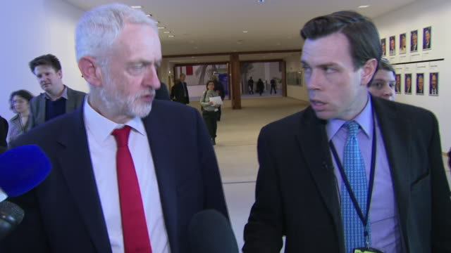 interior shots of jeremy corbyn answering question about shamima begum after meeting with eu leaders at the eu commission headquarters on 21 february... - jeremy corbyn stock videos and b-roll footage