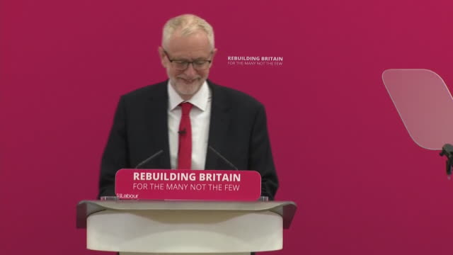 interior shots of jeremy corbyn being applauded ahead of his speech on 19 august 2019 in corby northamptonshire united kingdom - jeremy corbyn stock videos and b-roll footage