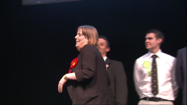 stockvideo's en b-roll-footage met interior shots of jess phillips on stage speaking after winning election on 8 august 2015 in birmingham united kingdom - labor partij