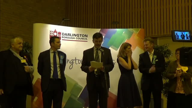 interior shots of labour's jenny chapman celebrating as she is declared as mp for darlington on june 09, 2017 in darlington, united kingdom. - darlington nordostengland stock-videos und b-roll-filmmaterial