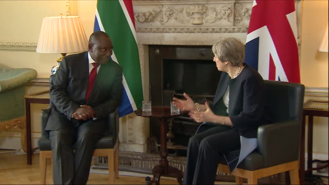 interior shots of meeting between south african president cyril ramaphosa and uk prime minister theresa may in 10 downing street on 17 april 2018 in... - 10 downing street stock videos and b-roll footage