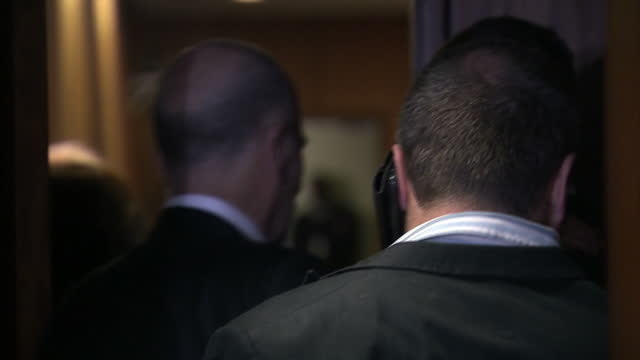 interior shots of oscar pistorius arriving at court>> on august 08 2014 in pretoria south africa - ピストリウス恋人射殺事件点の映像素材/bロール