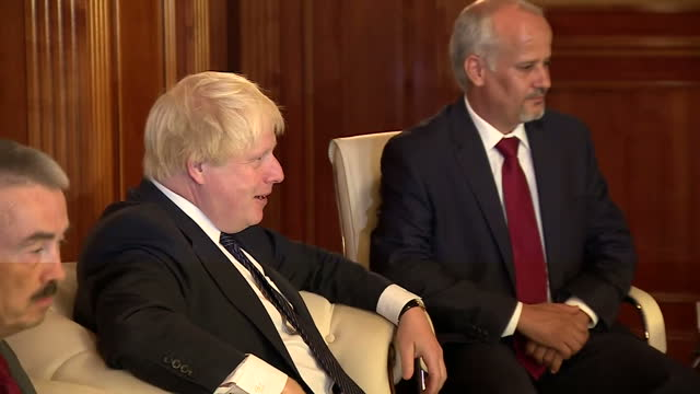 interior shots of prime minister fayez al-sarraj, leader of the libyan government of national accord speaking with uk foreign secretary boris johnson... - vox populi stock videos & royalty-free footage