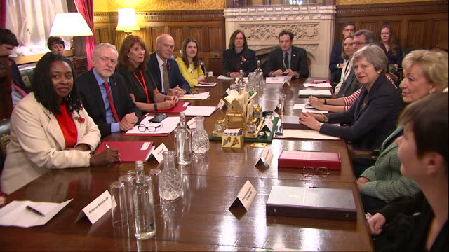 interior shots of prime minister theresa may holding a crossparty meeting to discuss the issues highlighted by the westminster sexual harassment... - politische partei stock-videos und b-roll-filmmaterial