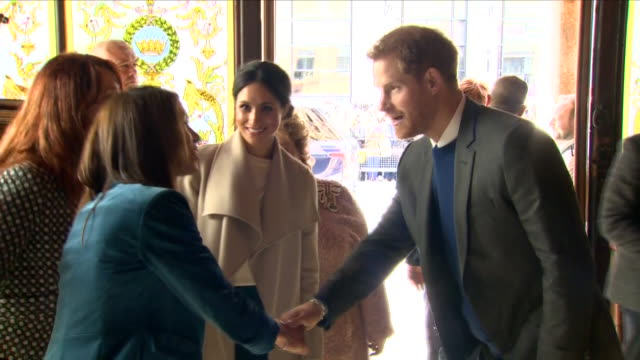 interior shots of prince harry and meghan markle visiting a traditional pub whilst touring belfast on 23 march 2018 in belfast northern ireland - belfast stock videos & royalty-free footage