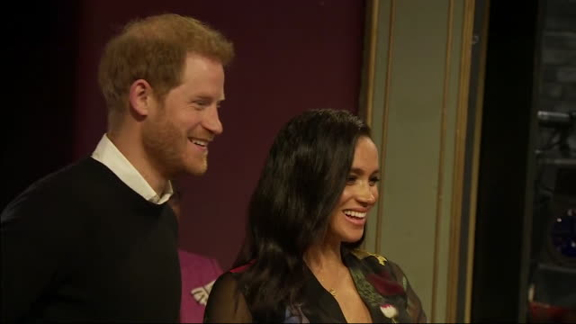 interior shots of prince harry duke of sussex and meghan duchess of sussex tour the newly revamped bristol old vic theatre and dropp in on a workshop... - harry meghan tour stock-videos und b-roll-filmmaterial