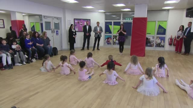 interior shots of prince harry watching a group of young girls doing ballet whilst on a 'heads together' visit to the ymca in ealing on 3 april 2019... - face to face stock videos & royalty-free footage