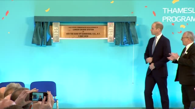 interior shots of prince willam unveiling plaque to commemorate official reopening of london bridge station on 9 may 2018 in london united kingdom - plaques stock videos & royalty-free footage