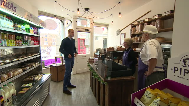 GBR: Prince William visits a Norfolk bakery