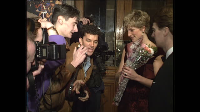 vidéos et rushes de interior shots of princess diana meeting dancers at dance for life at her majesty's theatre on december 1 1991 in london england - princesse