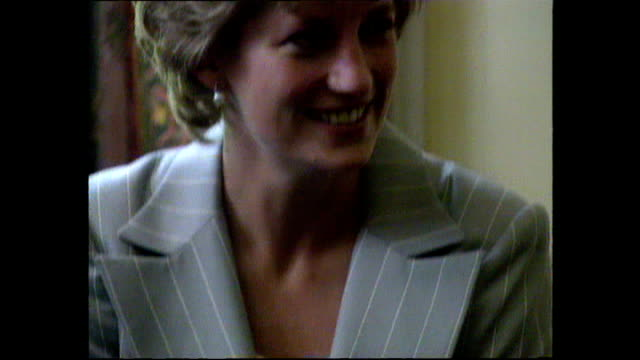 stockvideo's en b-roll-footage met interior shots of princess diana princess of wales visiting depaul trust hostel for opening entering room and listening to speech on 20 june 1995... - 1995
