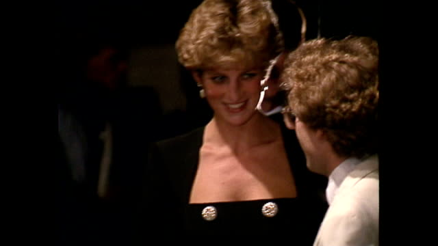 interior shots of princess diana princess of wales walking into room and greet actors and technicians backstage at sadler's wells theatre on august... - イズリントン点の映像素材/bロール