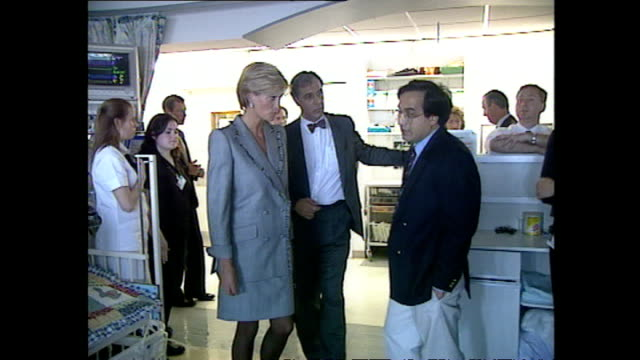 Interior shots of Princess Diana visiting a paediatric ward in St Mary's Hospital on April 22 1997 in London England