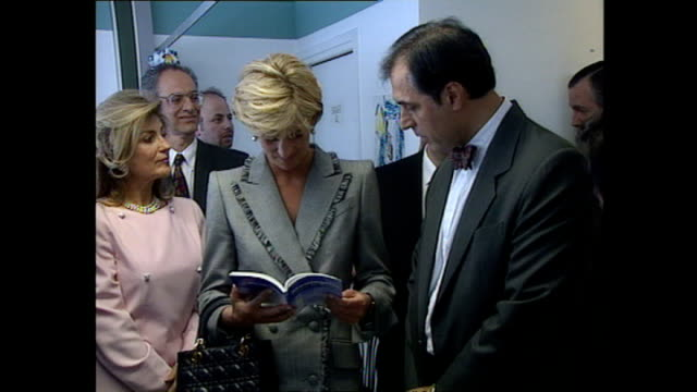 interior shots of princess diana visiting a paediatric ward in st mary's hospital on april 22 1997 in london england - charity benefit stock videos & royalty-free footage