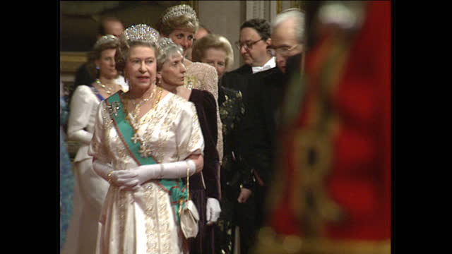 interior shots of queen elizabeth ii arriving for a reception with the president of italy francesco cossiga followed by prince philip duke of... - elizabeth ii stock videos & royalty-free footage