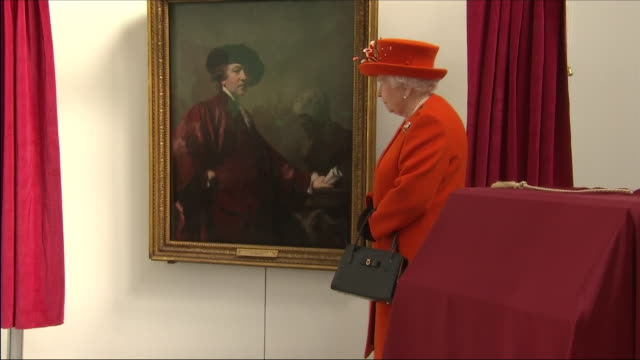 interior shots of queen elizabeth ii stood on the stage and unveils a self portrait by sir joshua reynolds which will be the first painting to be... - memorial plaque stock videos and b-roll footage