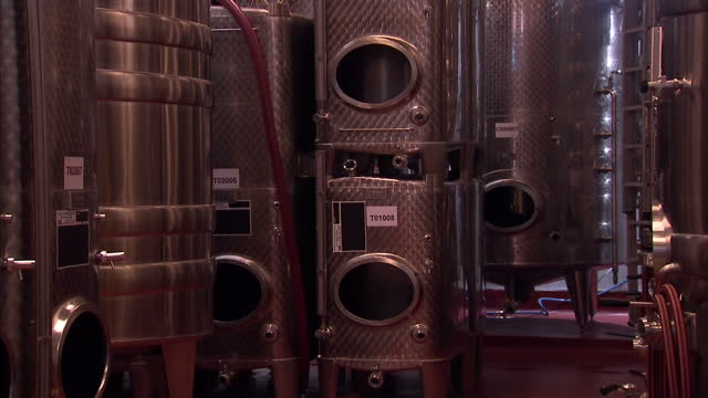 interior shots of ridgeview wine estates industrial wine vats wine production equipment and aging barrels on august 15 2016 in brighton england - bottich stock-videos und b-roll-filmmaterial