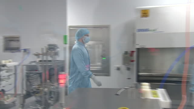 interior shots of scientists working at the manufacturing facility for the oxford/astrazeneca vaccine on the 18th january 2021 in oxford, england - oxford england stock videos & royalty-free footage