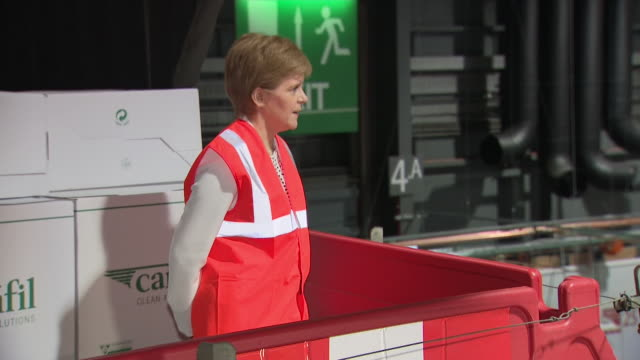 interior shots of scotland's first minister, nicola sturgeon visiting nhs louisa jordan field hospital whilst it is still under construction. shots... - nightingale stock videos & royalty-free footage