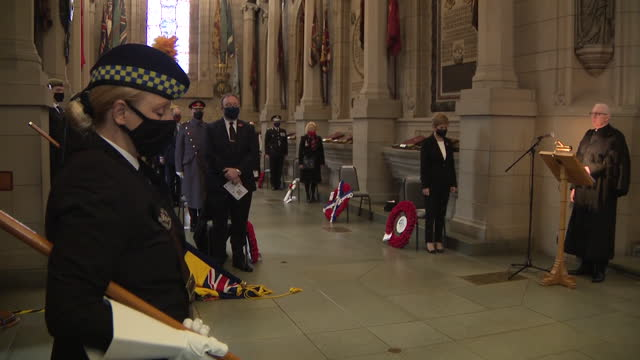 interior shots of scottish first minister nicola sturgeon stood for remembrance sunday service at edinburgh castle with others, heads bowed and all... - remembrance sunday stock videos & royalty-free footage