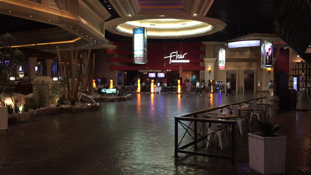 interior shots of the casino foyer of the mandalay bay casino on 3 october 2017 in las vegas united states - mandalay bay resort and casino stock videos & royalty-free footage