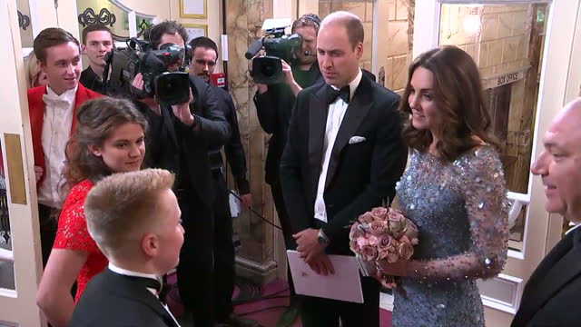 vídeos de stock, filmes e b-roll de interior shots of the duke and duchess of cambridge arriving at the palladium theatre to attend the royal variety performance on november 24 2017 in... - variety