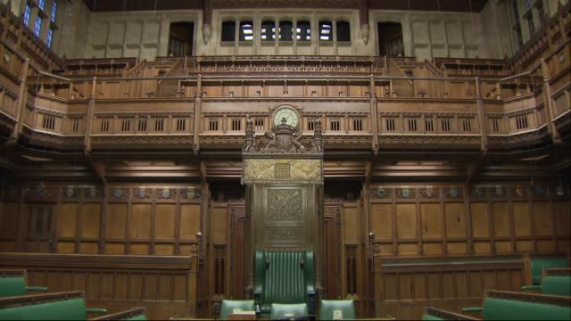 interior shots of the empty house of commons chamber with its green leather benches and wooden panneling on 11 march 2019 in london united kingdom - house of commons stock videos & royalty-free footage