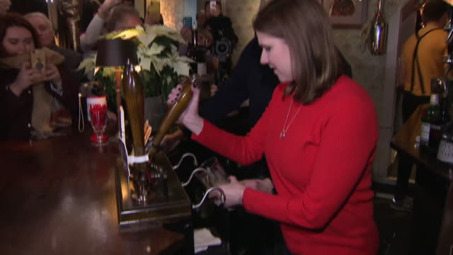 interior shots of the liberal democrat leader jo swinson mp visiting st albans whilst on the campaign trail for the british general election and... - drinking glass stock videos & royalty-free footage