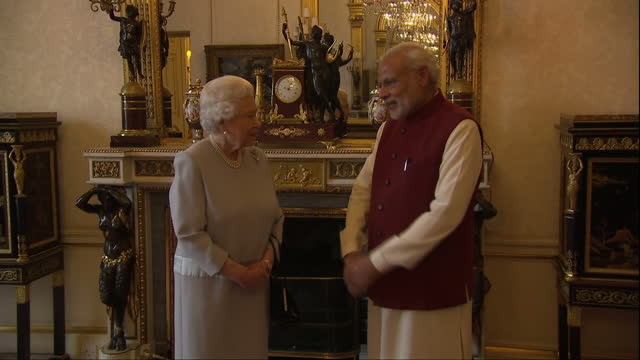 interior shots of the queen meeting the indian prime minister narendra modi at buckingham palace on november 13 2015 in london england - botschafter stock-videos und b-roll-filmmaterial