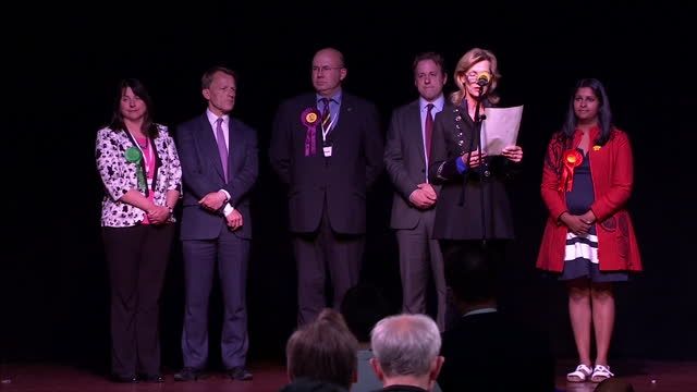 stockvideo's en b-roll-footage met interior shots of the yeovil election result being announced marcus fysh declared the winner on may 08 2015 in yeovil england - yeovil
