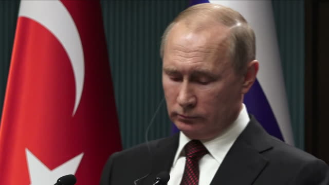 interior shots of turkish president recep tayyip erdogan speaking at a press conference of his support for russian president vladimir putin with... - wladimir putin stock-videos und b-roll-filmmaterial