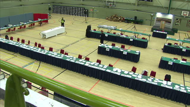 interior shots of votes for the scottish referendum being counted when the fire alarm goes off and the hall is evacuated. on september 19, 2014 in... - 2014 stock-videos und b-roll-filmmaterial