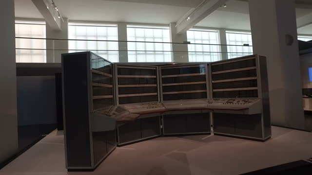interior shots old fashion computer data centre at science museum on august 05 2016 in london england - www stock-videos und b-roll-filmmaterial
