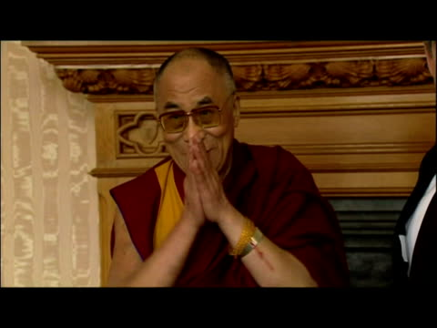 interior shots prime minister gordon brown talking with the dalai lama, posing for photographers shaking hands. interior shots various religous... - cormac murphy o'connor stock videos & royalty-free footage