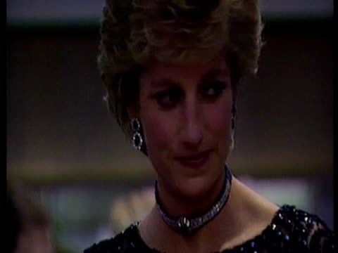 interior shots princess diana at the concert of hope cardiff meets luciano pavarotti princess diana meets pavarotti screenshot on june 30 2011 in... - luciano pavarotti stock videos & royalty-free footage