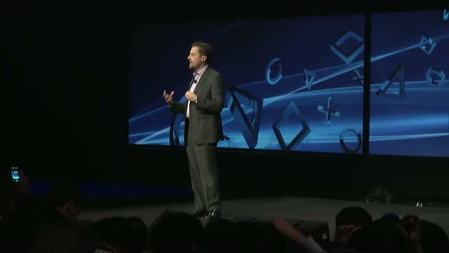 interior shots ps4 logo andrew house president ceo sony computer entertainment on stage new playstation launch ceo andre house on february 21 2013 in... - launch event stock videos & royalty-free footage