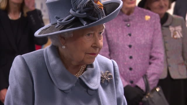 vídeos de stock, filmes e b-roll de interior shots queen elizabeth ii during a visit to the university of hull where she opened the allam medical building while visiting the city to... - 2017