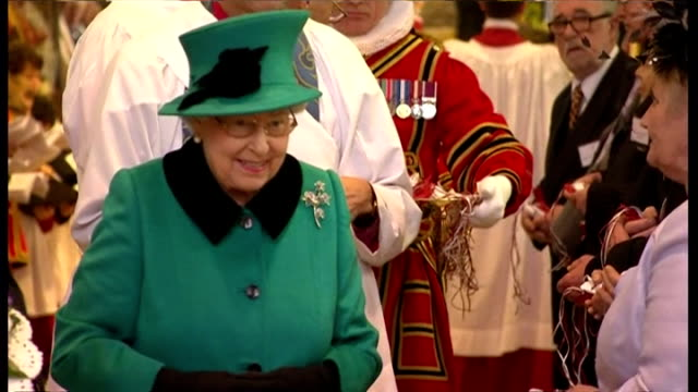 interior shots queen elizabeth ii giving out royal maundy money during traditional royal maundy service at sheffield cathedral on april 02 2015 in... - elizabeth i of england stock videos & royalty-free footage