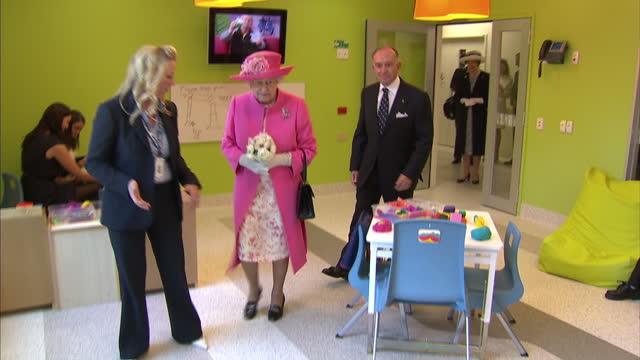 interior shots queen visits melbourne royal children's hospital queen elizabeth ii in australia melbourne on october 27 2011 in melbourne australia - royalty stock videos & royalty-free footage