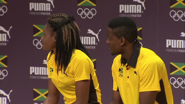 vídeos y material grabado en eventos de stock de interior shots ristananna tracey, jamaican 400m athlete and andrew riley jamaican sprinter, at team jamaica presser on august 08, 2016 in rio de... - jamaiquino