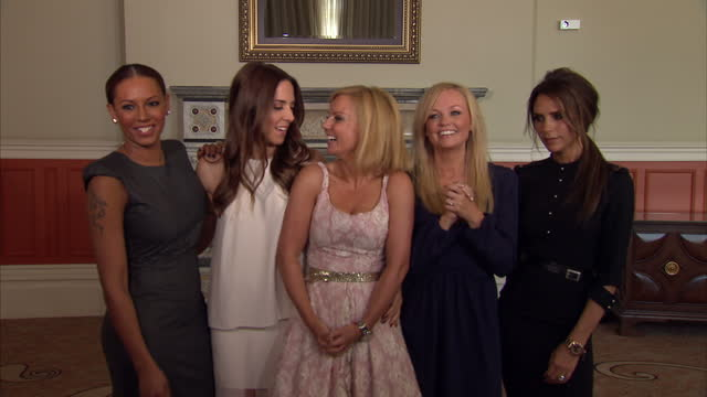 interior shots the spice gilrs melanie brown melanie chisolm emma bunton geri halliwell victoria beckham pose for photo call to launch the musical... - spice girls stock videos & royalty-free footage