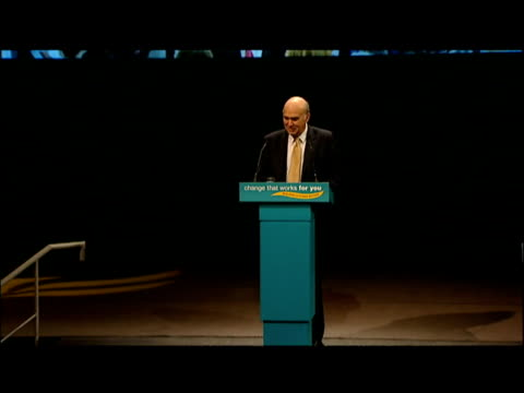 interior shots vince cable walks onto stage addresses the liberal democrats conference audience in a speech to the party's spring conference this... - 財務省ビル点の映像素材/bロール