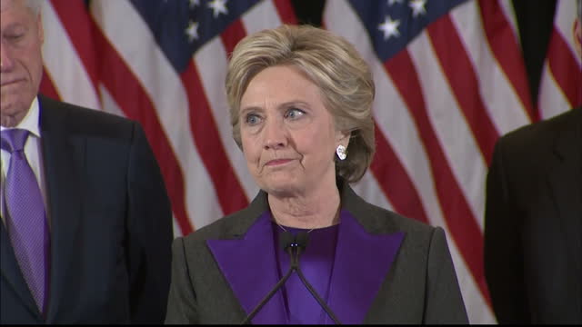 vídeos de stock, filmes e b-roll de interior soundbite hillary clinton former presidential candidate on stage after conceding the 2016 us election to donald trump and says she hopes... - derrota