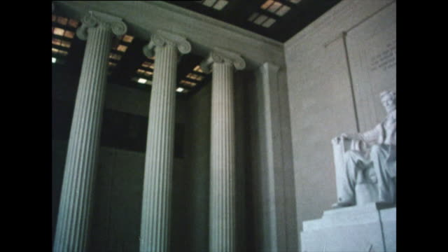 interior view of the lincoln memorial in 1976 - lincoln memorial stock videos & royalty-free footage