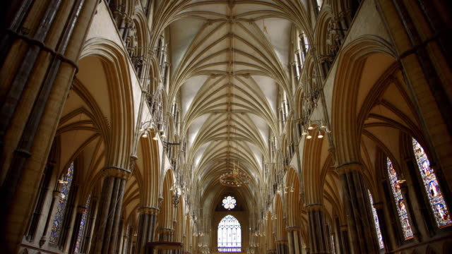 interior views of lincoln cathedral - kent england stock-videos und b-roll-filmmaterial
