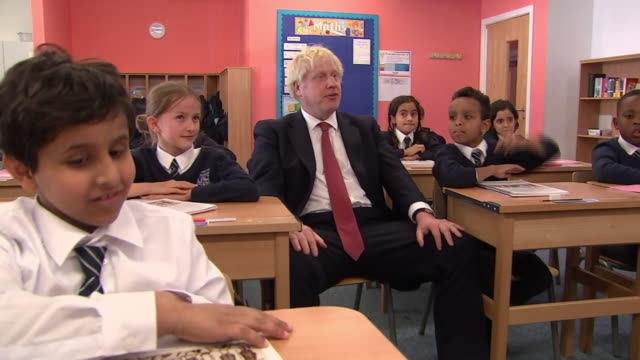 interior views of prime minister boris johnson and gavin williamson sitting in on a history lesson at pimlico primary school on 10 september 2019 in... - studying stock videos & royalty-free footage