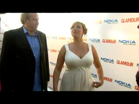 vídeos y material grabado en eventos de stock de interiors pregnant charlotte church walks on red carpet. - charlotte church