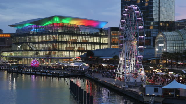international convention centre, darling harbour, sydney, new south wales, australia, pacific - ニューサウスウェールズ州点の映像素材/bロール