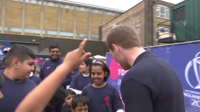 international cricket council launch event for cricket world cup 2019 england london brick lane ext eoin morgan qa session with school children sot - q and a stock videos & royalty-free footage
